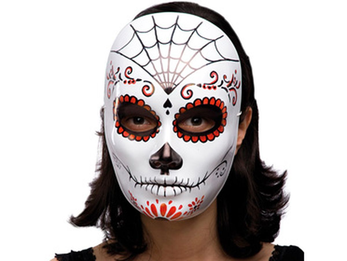 maschera con decorazioni rosse e nere